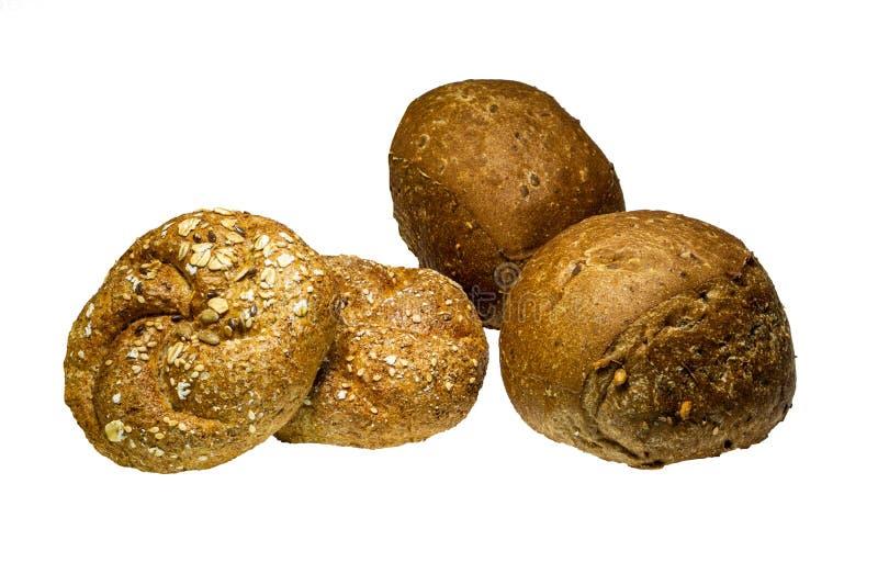 Pain délicieux fraîchement cuit au four avec de diverses graines, potiron, lin, farine d'avoine, millet, d'isolement sur un fond  photo stock