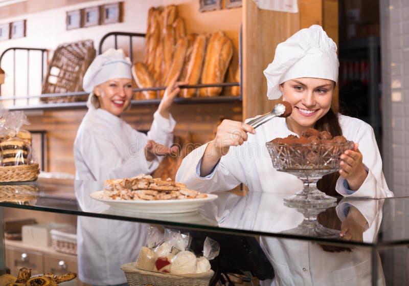 Pain de offre de personnel de boulangerie image libre de droits