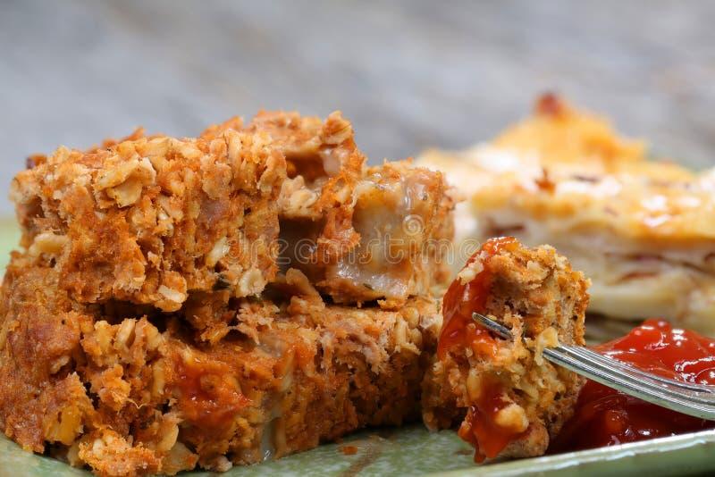Pain de viande et pommes de terre photographie stock libre de droits