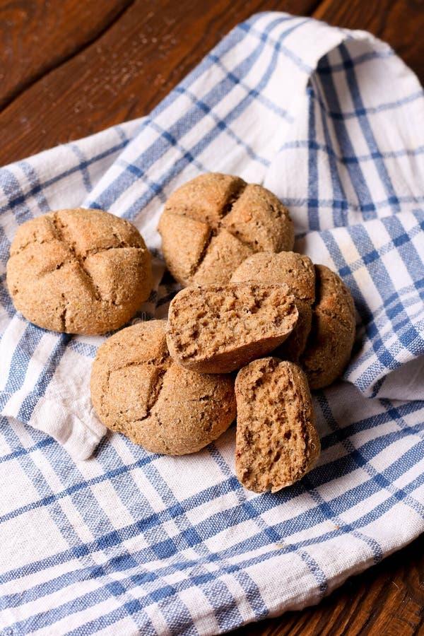 pain rustique fait maison photo stock