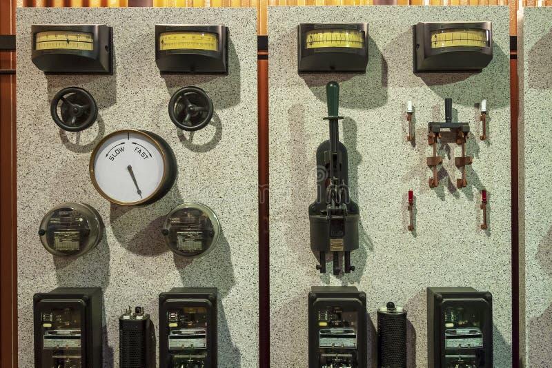 Painel de controle elétrico do vintage foto de stock