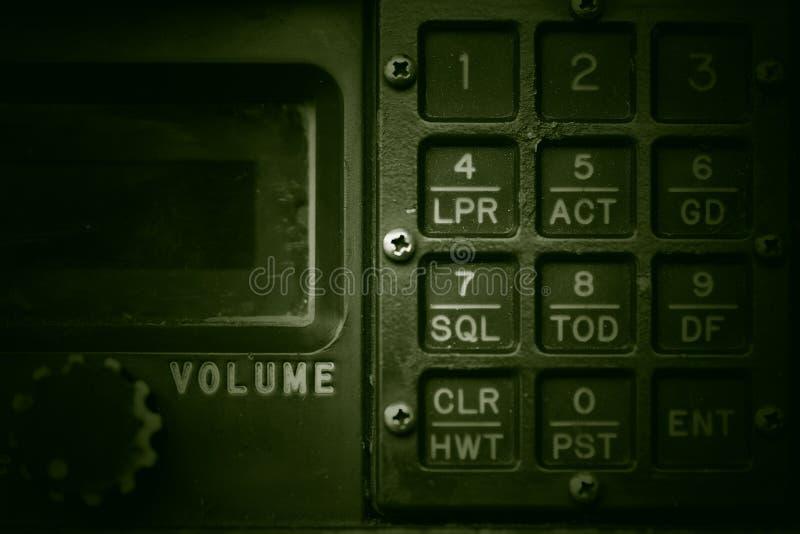 Painel de controle militar de uma comunicação fotos de stock