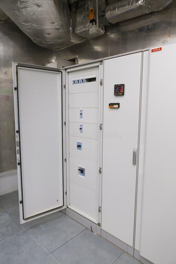 Painel de poder em um central elétrica fotografia de stock
