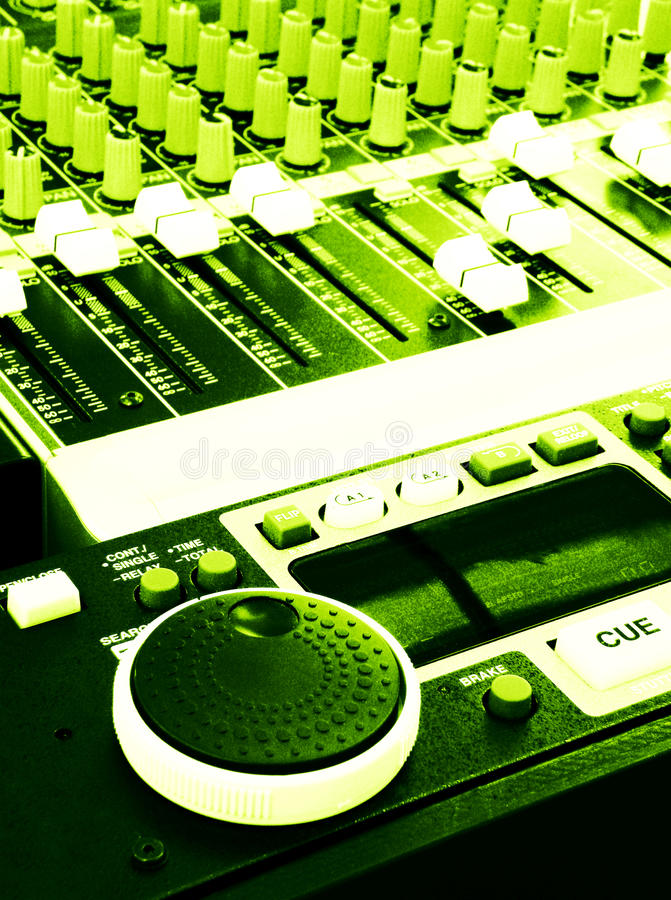 Painel do misturador da música no estilo do grunge fotografia de stock royalty free