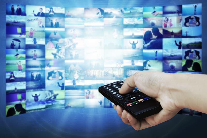 Painel grande do LCD com imagens do córrego da televisão imagem de stock royalty free