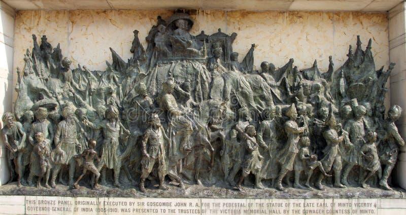 Painel memorável de bronze na construção de Victoria Memorial em Kolkata fotos de stock