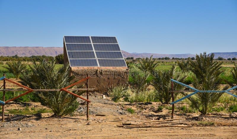 Painel solar em Marrocos, África imagens de stock royalty free