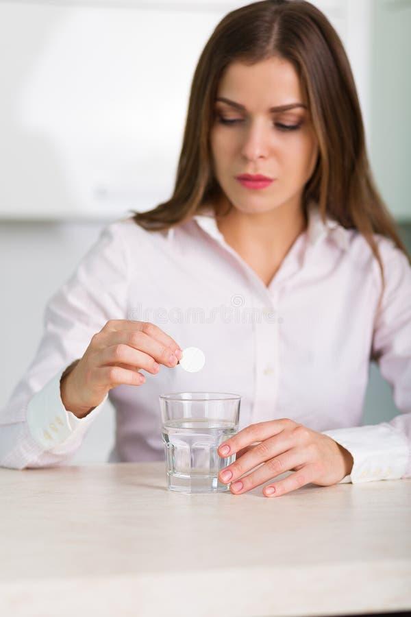 painkiller fotos de stock