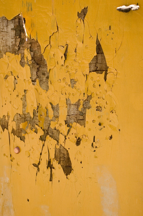Free Paint Peeling Off Wall Royalty Free Stock Image - 2800136