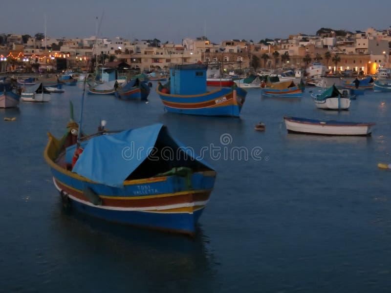Painted渔船, Marsaxlokk,马耳他 免版税图库摄影