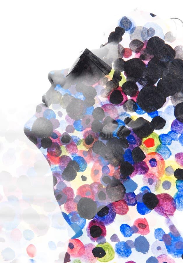 Paintography Dubbele blootstelling Sluit omhoog van de mens met glazen en vector illustratie