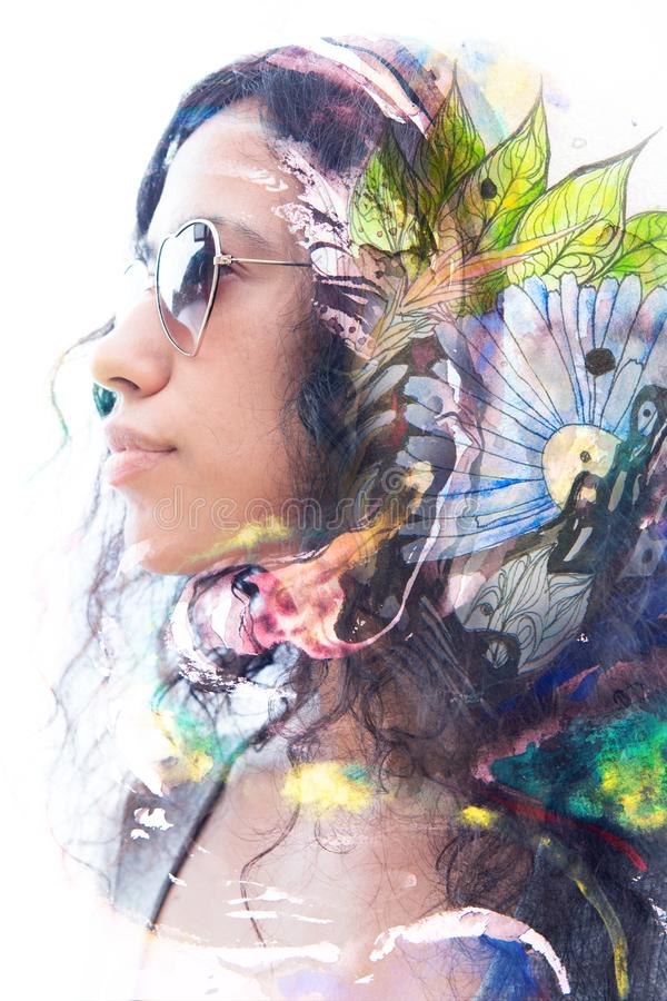 Paintography Exposição dobro de um perfil 'sexy' co do ` s da jovem mulher imagens de stock