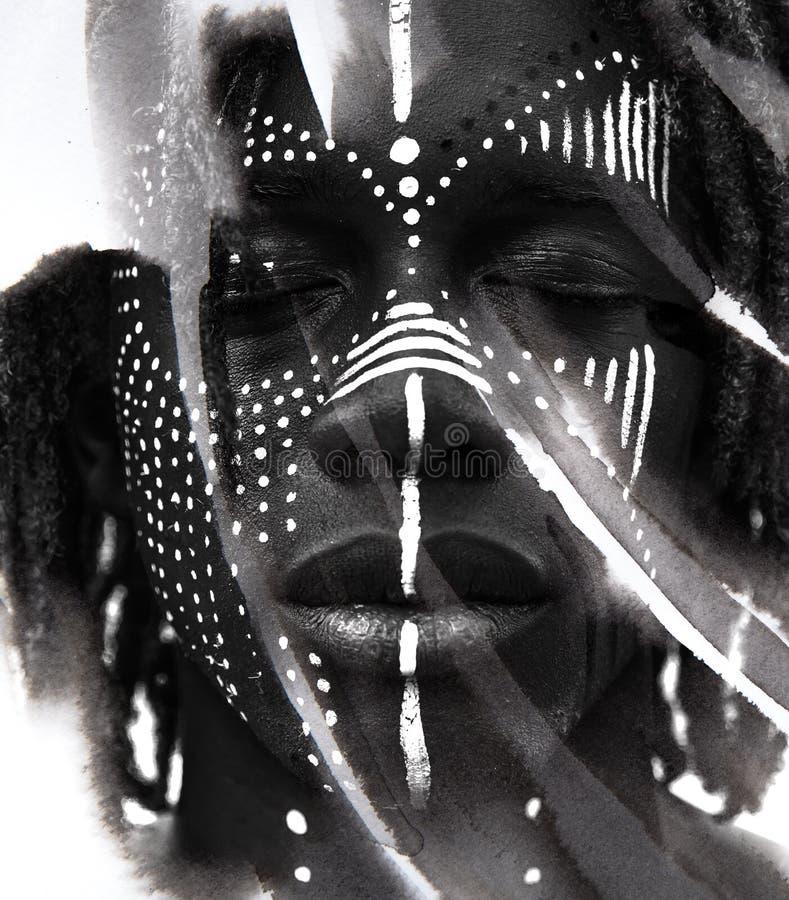 Paintography Expressieve Afrikaanse die mens met dramatische twijfel wordt gecombineerd royalty-vrije stock foto's