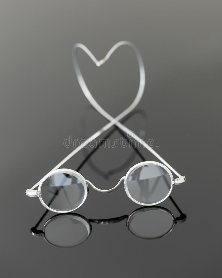 Download Pair Of Old Magnifying Reading Glasses Stock Image - Image: 25622527