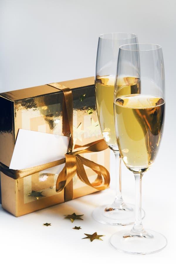 Paires de cannelures de champagne photographie stock