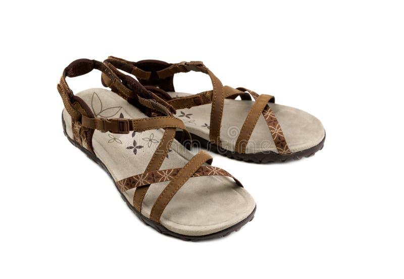 Paires de sandales du ` s de femmes images stock