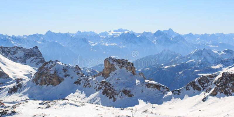 Paisagem alpina em Valtournenche foto de stock