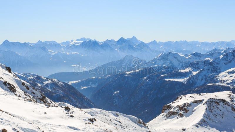 Paisagem alpina em Valtournenche imagem de stock royalty free