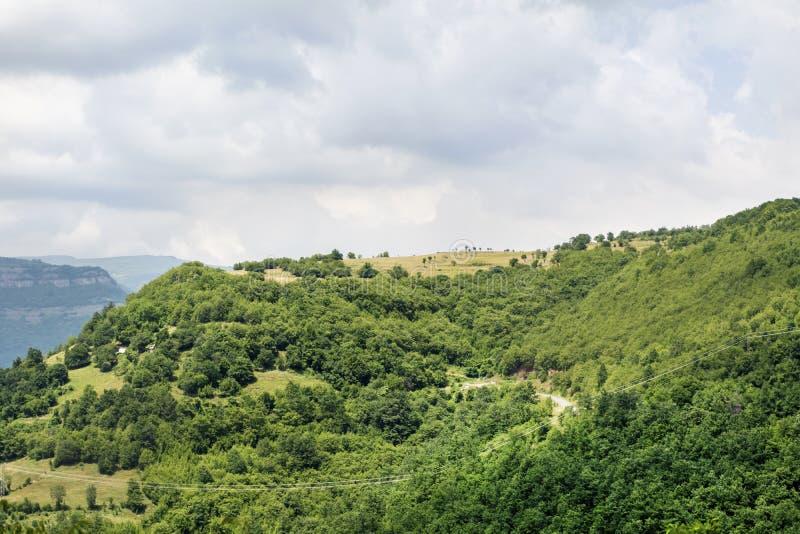 Paisagem bonita da montanha de Bulgária, desfiladeiro iskar fotos de stock royalty free