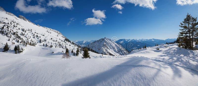 Paisagem bonita em montanhas rofan, Áustria do inverno foto de stock royalty free