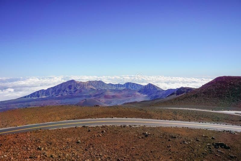 Paisagem colorida do deserto no parque nacional de Haleakala, Maui, Havaí foto de stock
