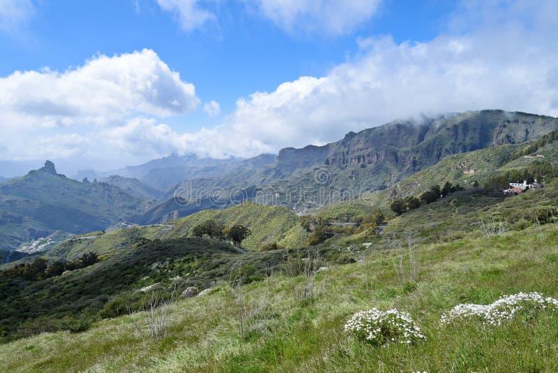 Paisagem com as montanhas em Gran Canaria fotos de stock