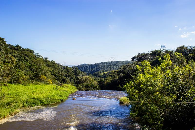 A paisagem da água e da natureza fotografia de stock