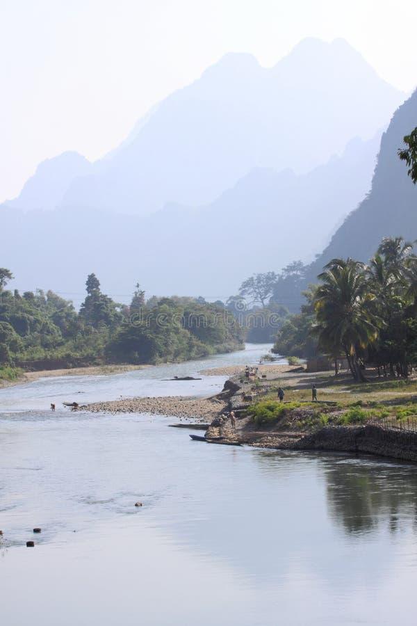 Paisagem da canção do rio, Laos. imagem de stock