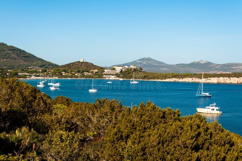 Paisagem da costa de Sardinia foto de stock