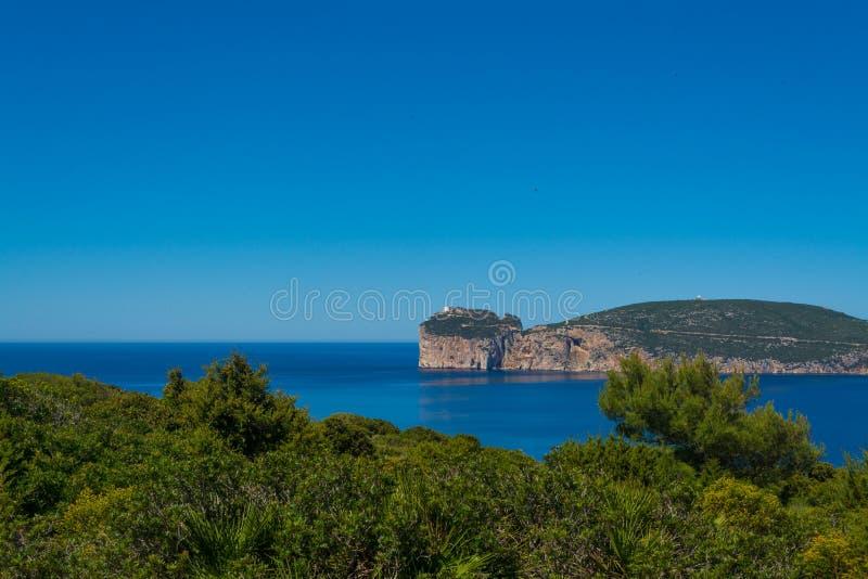 Paisagem da costa do Capo Caccia, em Sardinia imagens de stock royalty free