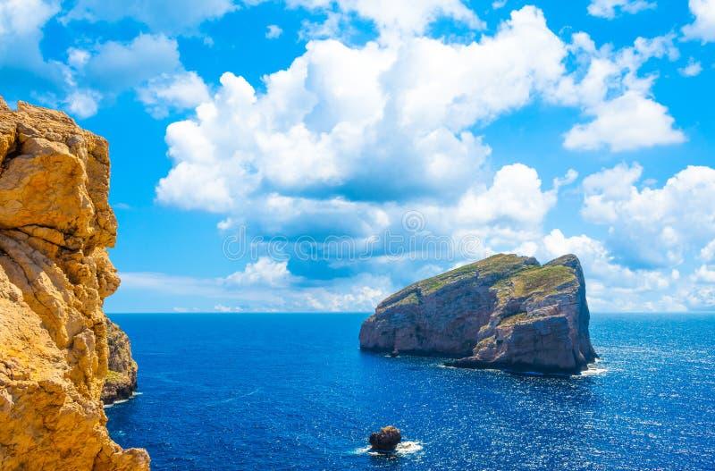 Paisagem da costa do Capo Caccia imagem de stock