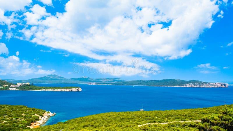 Paisagem da costa do Capo Caccia fotografia de stock