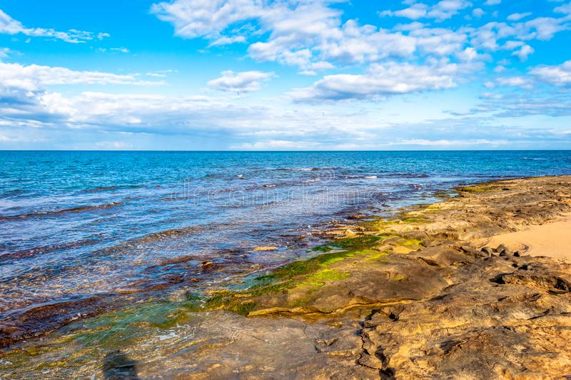 Paisagem da costa no inverno imagens de stock royalty free