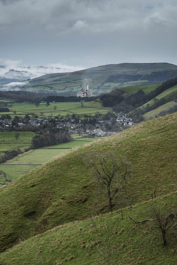 Paisagem da manhã de Misty Autumn do vale de Derwent do Tor de Mam dentro fotos de stock royalty free
