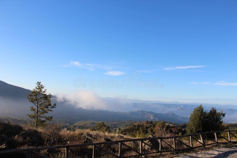Paisagem da montanha do parque nacional de Pollino, uma reserva natural larga em Basilicata e Calabria, Itália imagens de stock royalty free