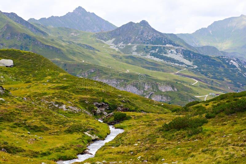 Paisagem da montanha e da geleira em Tirol Áustria, região de Hintertux imagem de stock