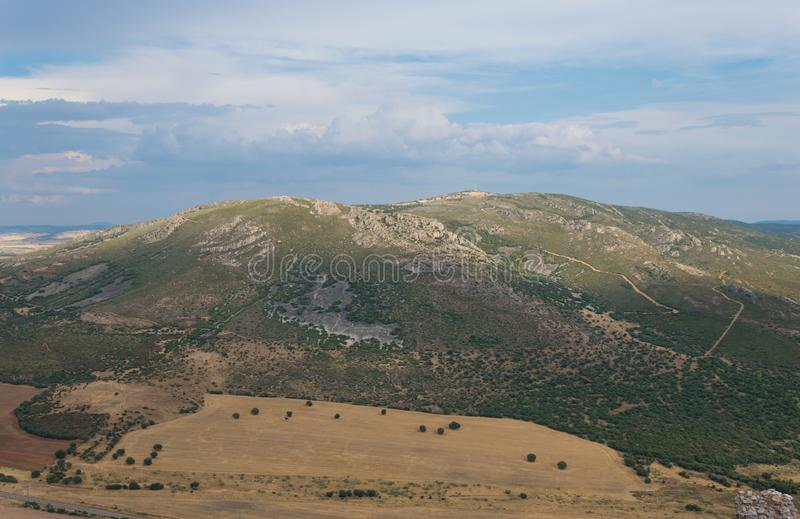 Paisagem da montanha no La Mancha de Castilla spain fotos de stock