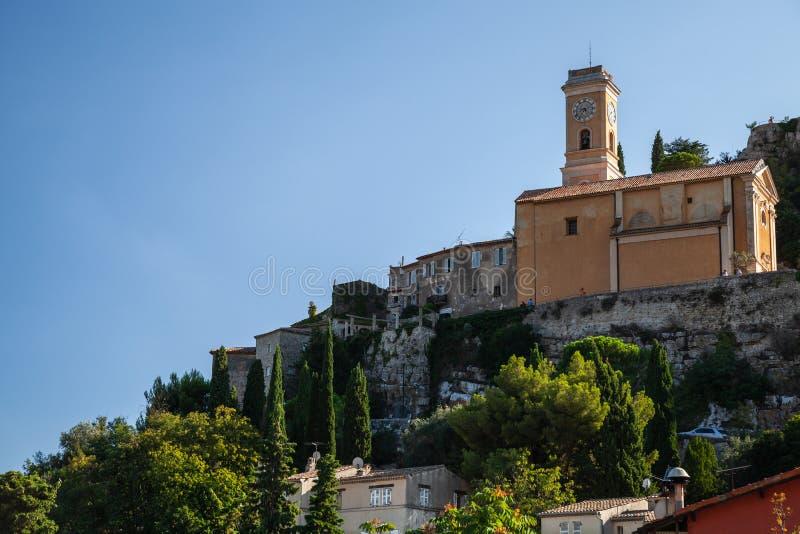 Paisagem da montanha da vila de Eze com igreja foto de stock royalty free