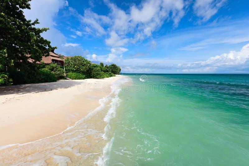 Paisagem da praia tropical bonita imagens de stock royalty free