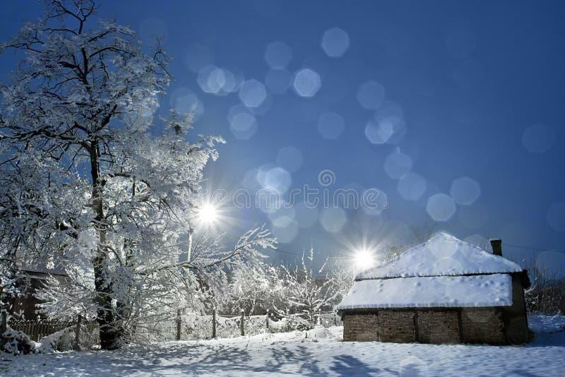 Paisagem da vila do inverno imagens de stock