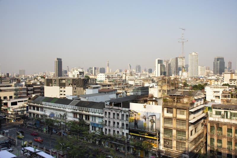 Paisagem da vista aérea e arquitetura da cidade da cidade de Banguecoque da estação de correios geral no distrito de Rak do golpe imagens de stock royalty free