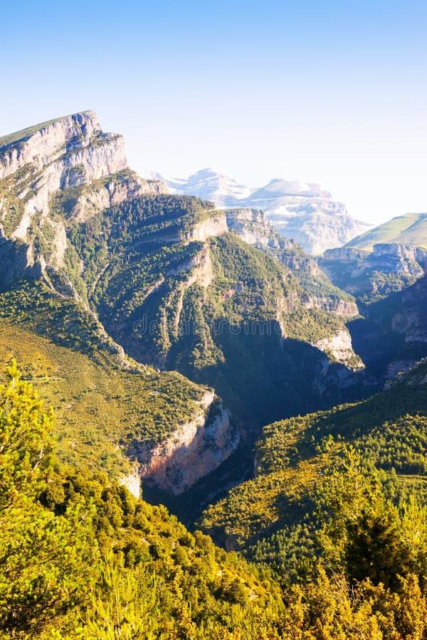 Paisagem das montanhas - garganta de Anisclo foto de stock