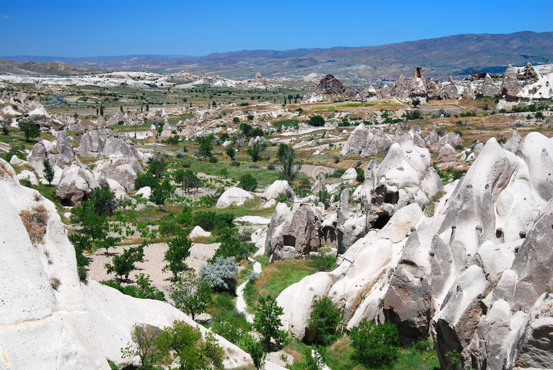 Download Paisagem De Cappadocia Em Turquia Imagem de Stock - Imagem de mineral, azul: 10068247