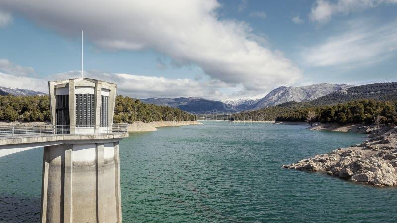 Paisagem de relaxamento do La Bolera do lago fotos de stock