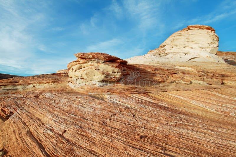 Paisagem de rochas do rolamento no lago Powell foto de stock