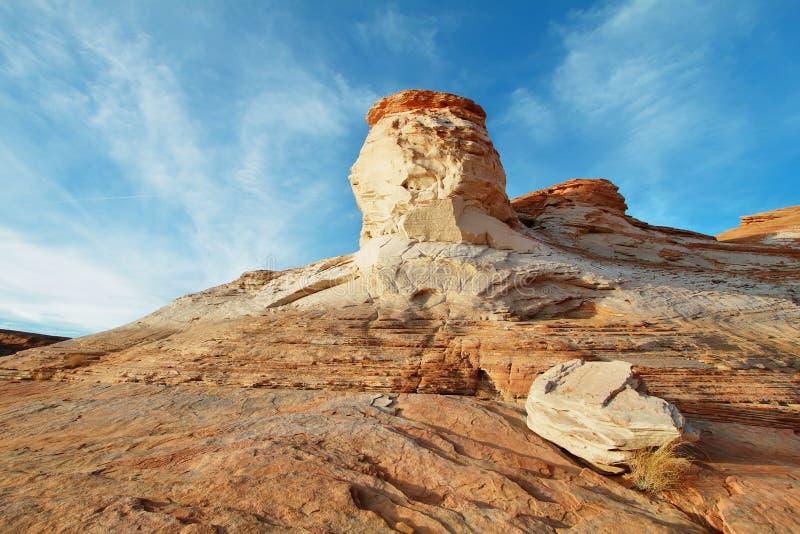 Paisagem de rochas do rolamento no lago Powell imagens de stock