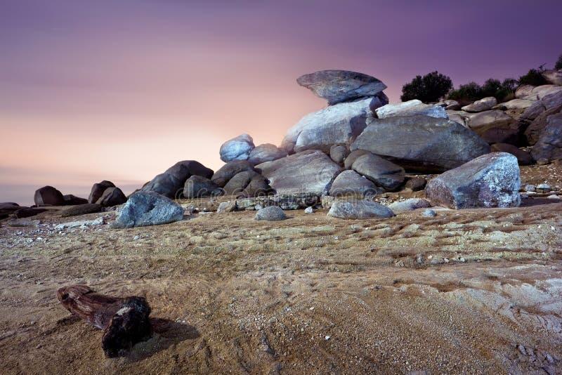Paisagem do deserto no crepúsculo foto de stock royalty free