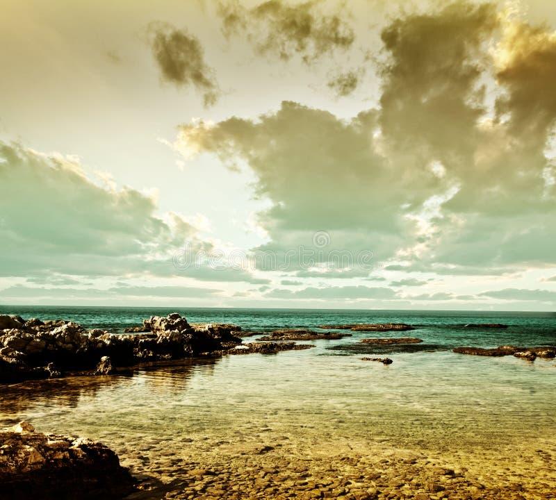 Paisagem do mar de Grunge fotografia de stock royalty free