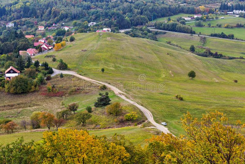 Paisagem do outono perto de Banska Stiavnica, Eslováquia imagens de stock