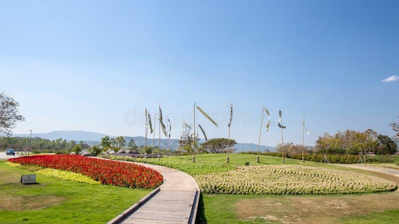 Paisagem do parque do jardim no parque Chiang Rai de Singha, Tailândia fotos de stock